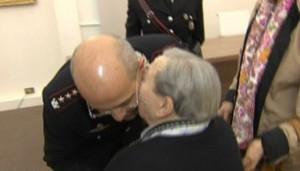 La 97truffata abbraccia e ringrazia il Comandante Provinciale dei carabinieri di Milano